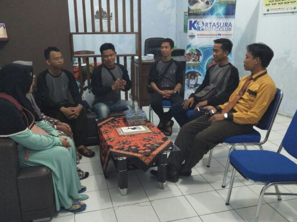 Tamu dari SDAM Banjarbaru Kalimantan dan MI LH Raja Ampat Papua